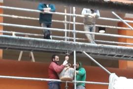 Ciudadanos denuncia que obreros del edificio de sa Gerreria no utilizan medidas de seguridad