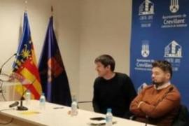Polémica por un acto de Rufián en Alicante sin bandera de España