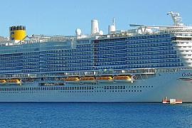 Presentan en Palma el 'Costa Smeralda', un crucero GNL, con vocación ecológica