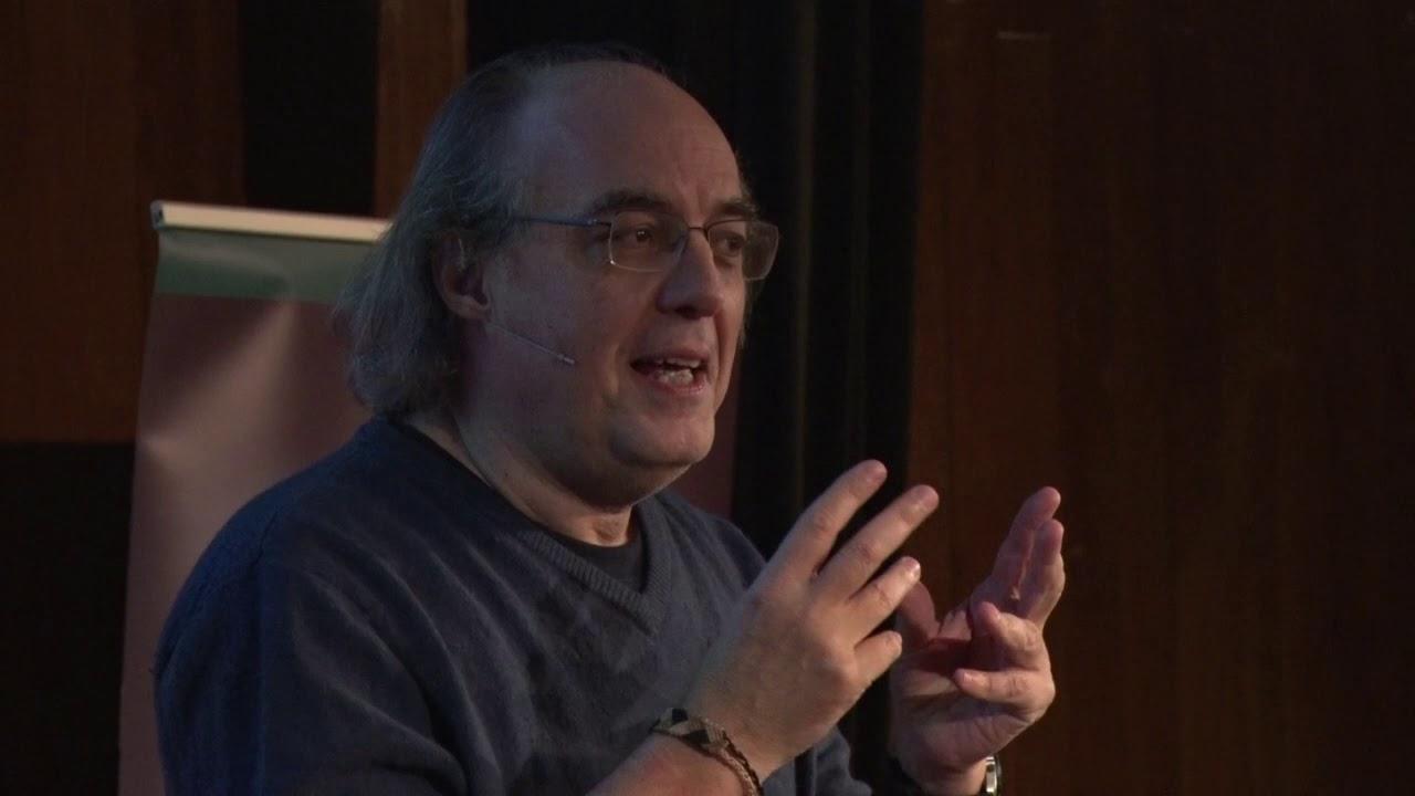 José Ignacio Latorre: «No podemos dejar en manos de las corporaciones la ética de las máquinas»