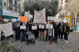 Los vecinos de Son Güells exigen la paralización de la planta de hormigón