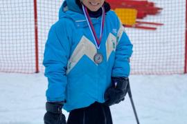 Úrsula Pueyo cierra la Copa de Europa de esquí con otra plata en eslalon