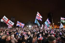 Boris Johnson se despide saludando «el amanecer de una nueva era»