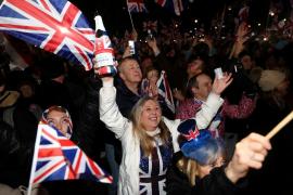 Miles de personas celebran en Londres la salida definitiva de Reino Unido de la UE