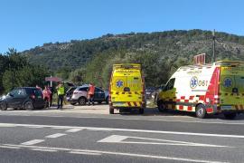Muere una anciana cuando viajaba con su nieta en coche en el cruce de Raixa