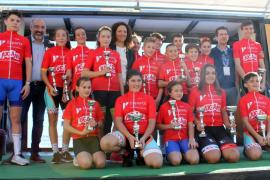 La Challenge Escolar de ciclismo toma el Passeig Marítim