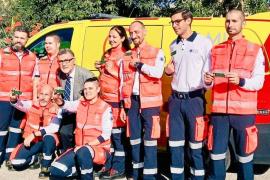 Técnicos del SAMU y la AECC recaudan fondos contra el cáncer en Baleares