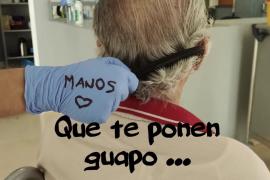 Enfermeros de Cas Serres: «Ahora más que nunca somos tus manos»