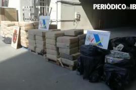 Destruyen cuatro toneladas de hachís intervenidas en un velero en Ibiza