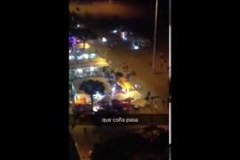 Un 'flashmob' de un grupo de turistas causa el pánico en Platja d'Aro