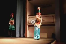 Ensayando la obra 'L'Adoració dels Tres Reis d'Orient'