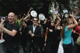 'Cacerolada' de los 'indignados' en Cort