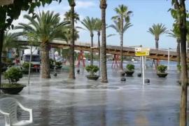Espectaculares imágenes de la 'rissaga' en Alcúdia