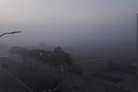 Desvíos y retrasos por la niebla en el aeropuerto