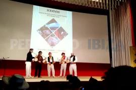 El Cine Regio vuelve a acoger el festival de bailes y música popular de Ibiza