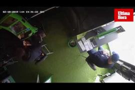 La Policía Nacional detiene a dos personas por robar en salones de apuestas