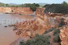 Desprendimientos en el acantilado de es Bol Nou, en Sant Josep