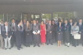 Los abogados de Ibiza distinguen la trayectoria de siete letrados y colegian a cuatro nuevos miembros